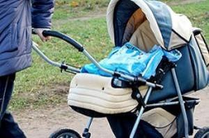 Детскую коляску украли из дома на ул. Новосёлов
