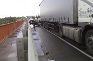 Вчера на Гатчинской объездной произошло ДТП со смертельным исходом