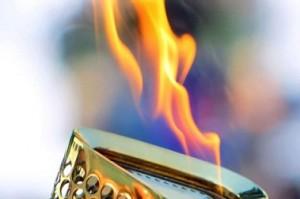 Александр Дрозденко рассказал, что делать, если факел погаснет
